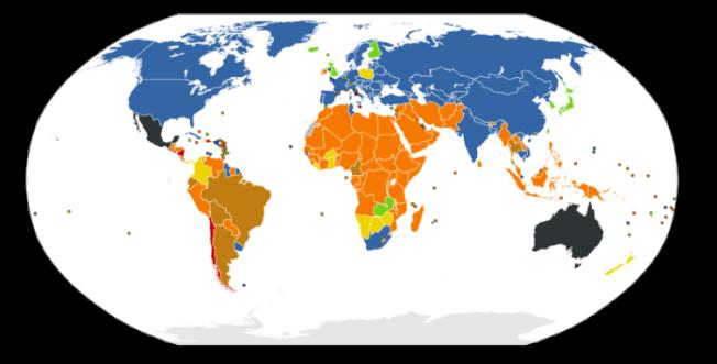 Situação jurídica do direito ao aborto, segundo dados de 2011 da ONU. Em azul, legalização em todos os casos. Em verde, legalização em caso de estupro, risco de vida, problemas de saúde, fatores socioeconômicos ou má-formação do feto. Em marrom, caso do Brasil atual, legalizado em caso de estupro, risco de vida ou problemas de saúde. Em preto, varia de região para região. Em vermelho o aborto é proibido em todos os casos – a passar o Estatuto do Nascituro, esta será a cor do Brasil.