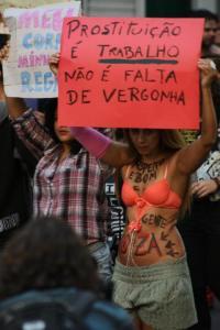 Cida Vieira na 2ª Marcha das Vadias de BH – créditos da foto: Túlio Vianna